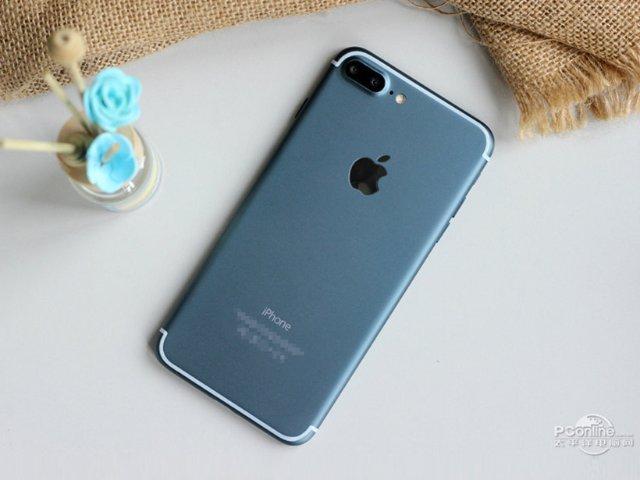 5.5寸蓝色iPhone 7亮相 采用iOS 10界面